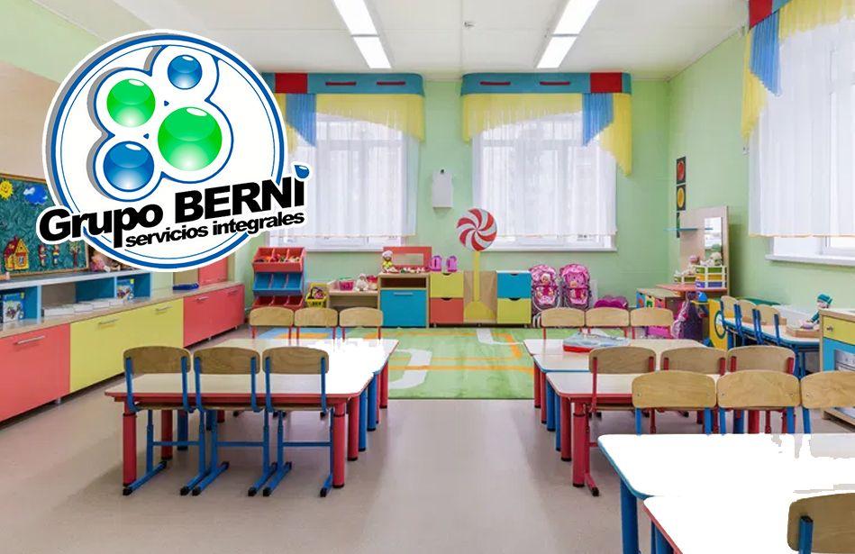 Actividades de limpieza y desinfección en las escuelas, por GRUPO BERNI