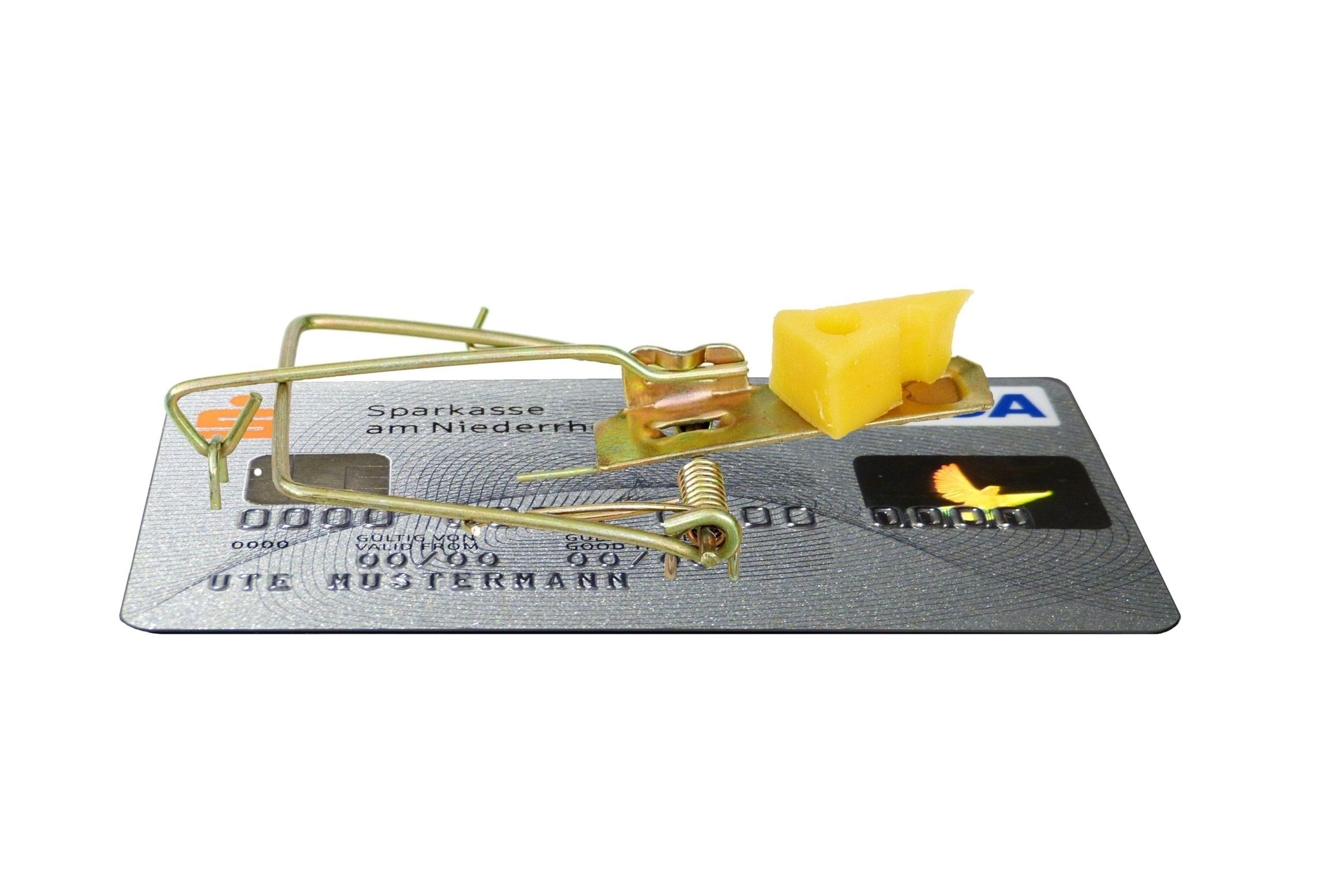 """Se disparan las reclamaciones de las tarjetas de crédito """"revolving"""""""