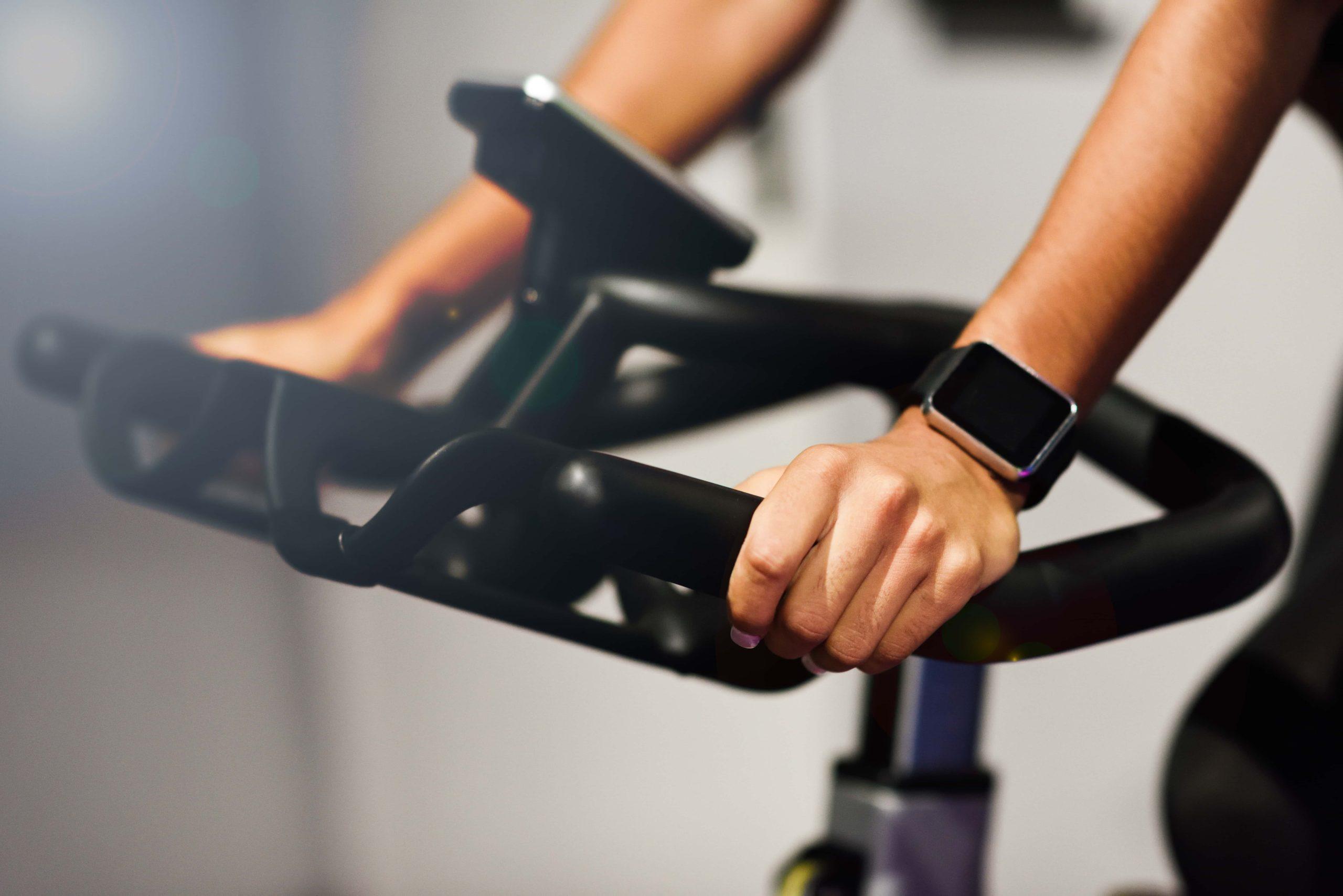 Spinning: el deporte de moda con el que ponerse en forma y divertirse al mismo tiempo por todospinning.com