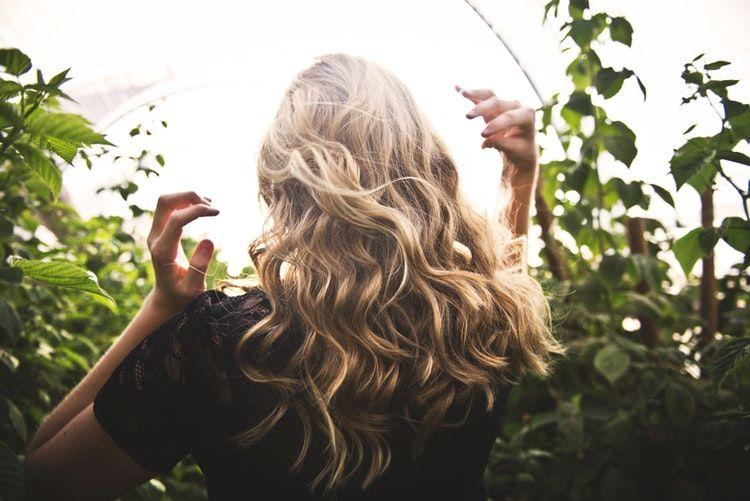Blow Dry Bar explica en qué consiste un Balayage, cómo debe ser según el cabello y qué tipos hay