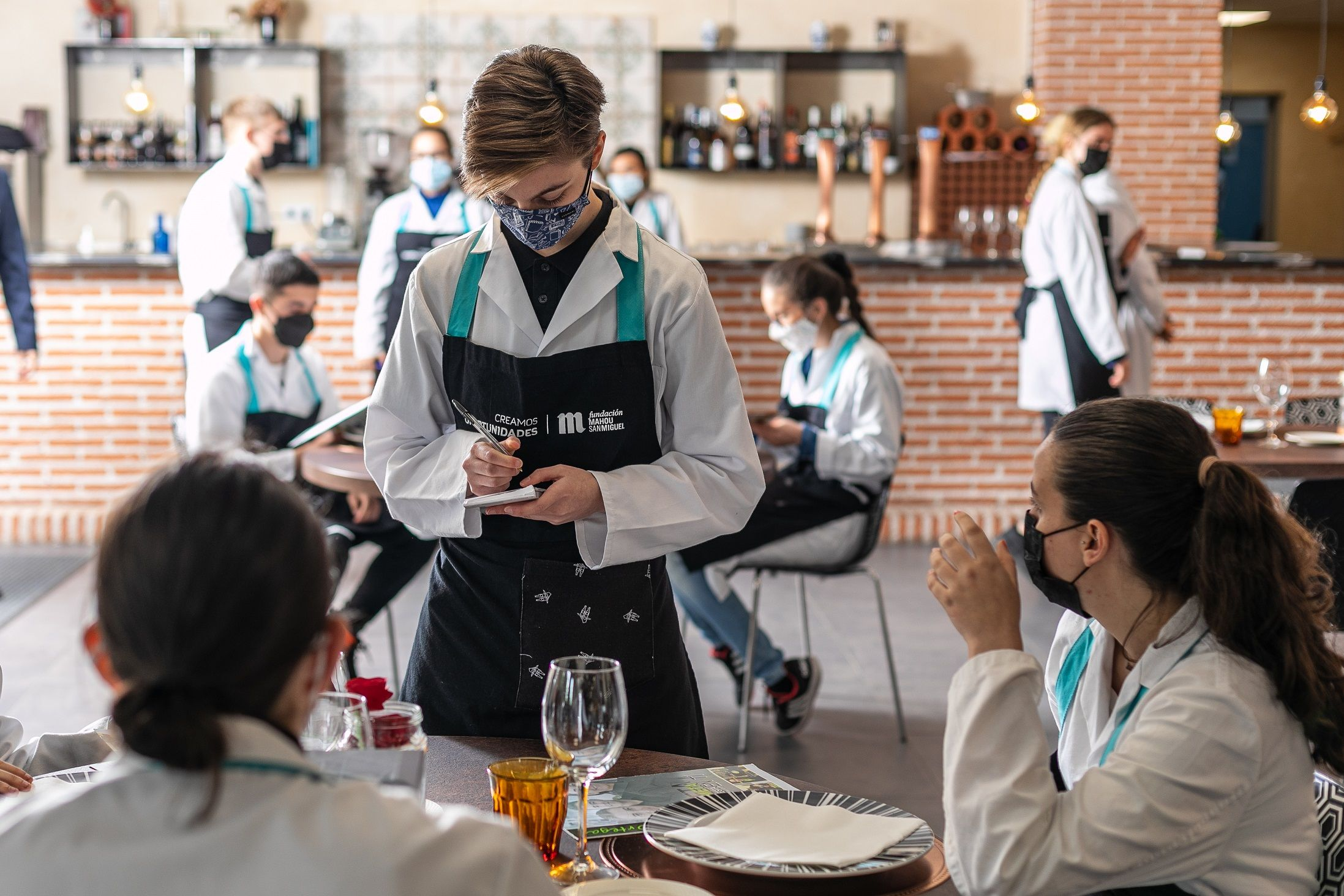 Fundación Mahou San Miguel abre convocatoria del Grado Medio Dual de Servicios de Restauración en Barcelona