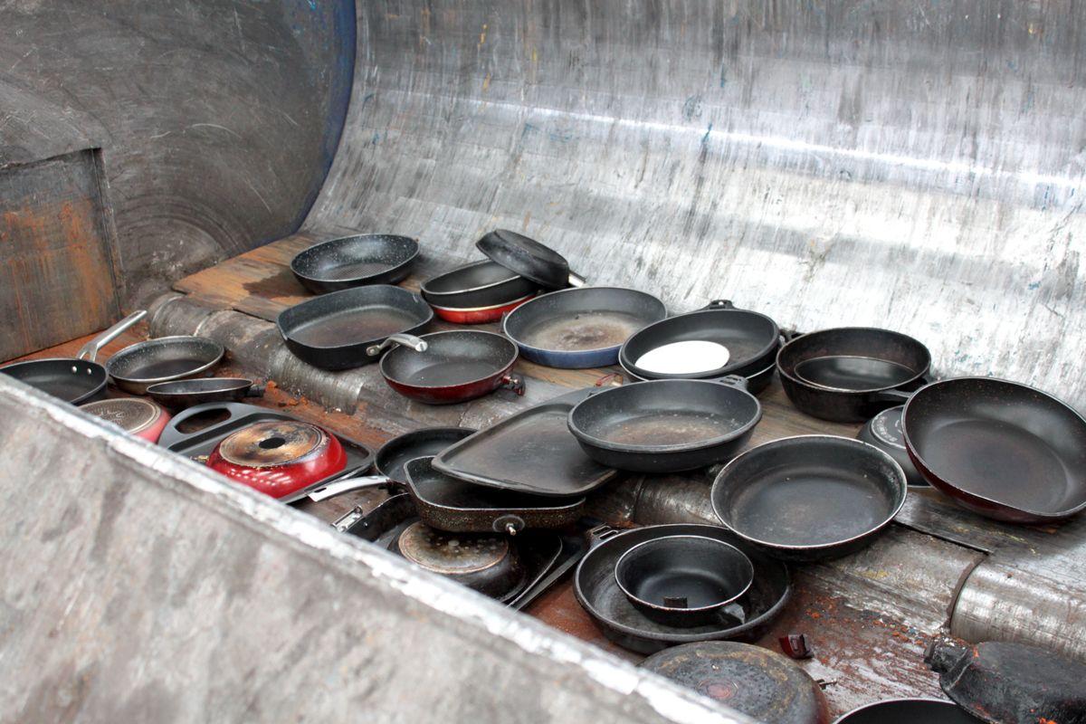 Inoxibar consigue reciclar y reutilizar más de 24.000 sartenes viejas