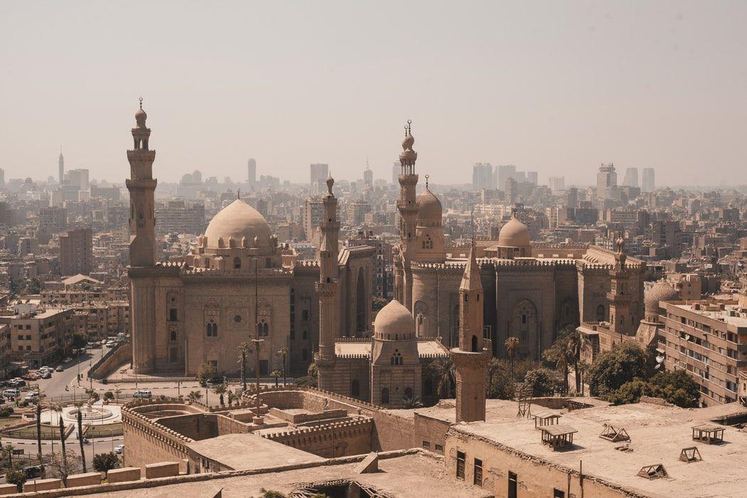 Viajar en tiempos de pandemia: Egipto vuelve a permitir la entrada de turistas según e-Visado.es