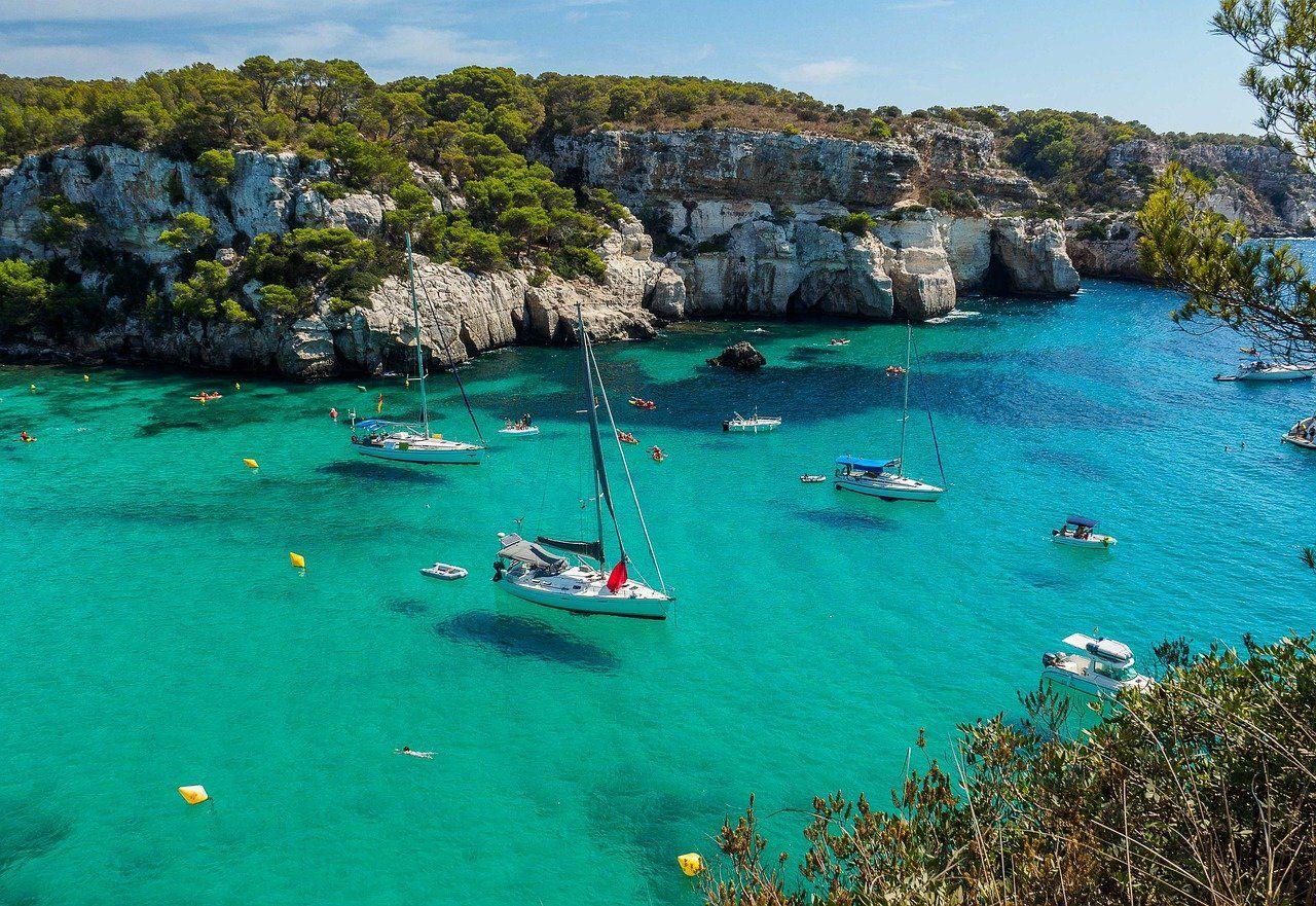 El seguro de viaje, un esencial en la planificación de las vacaciones este verano incluso en España