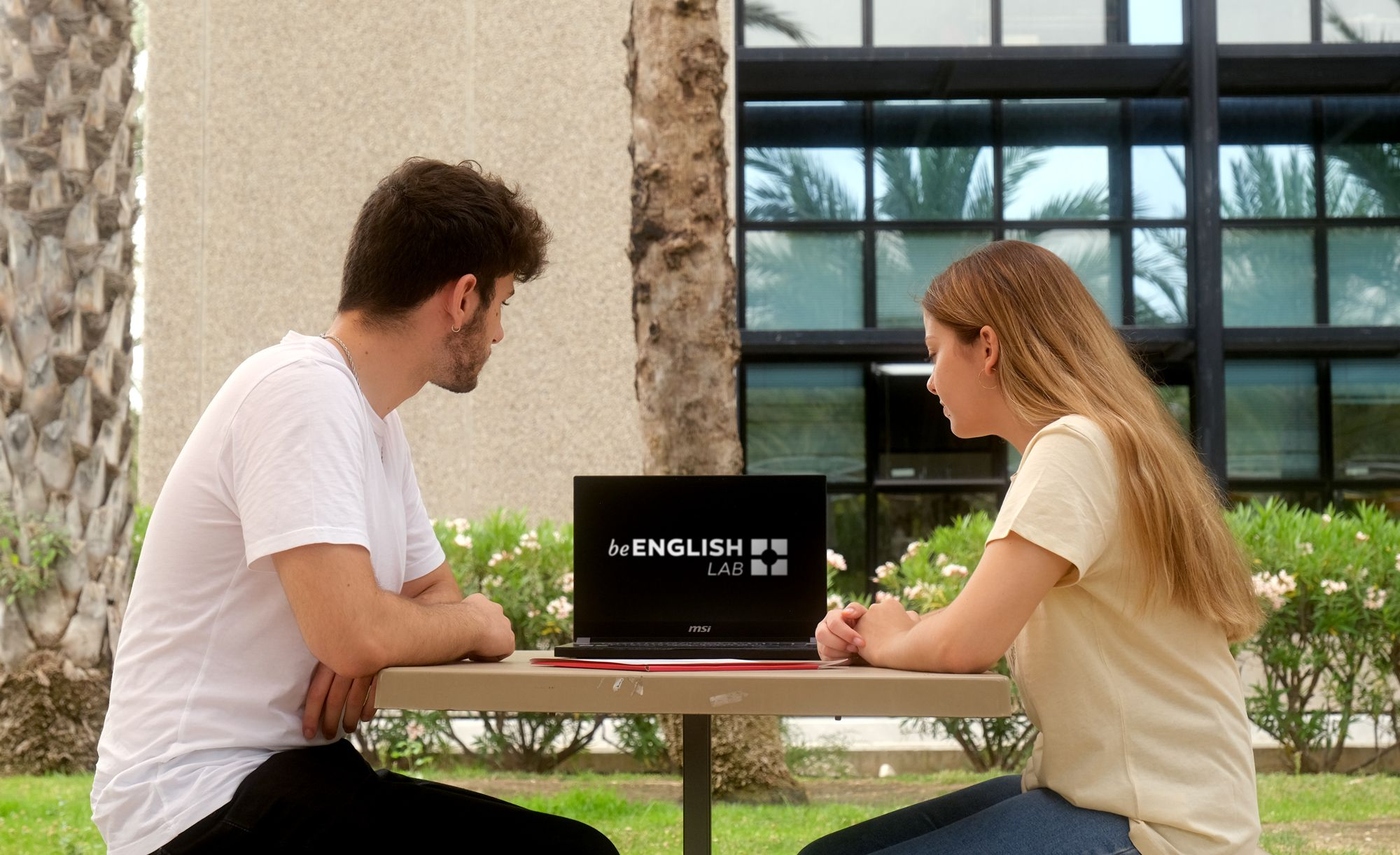 Innovación en la enseñanza de idiomas: una plataforma online para aprender y perfeccionar el inglés
