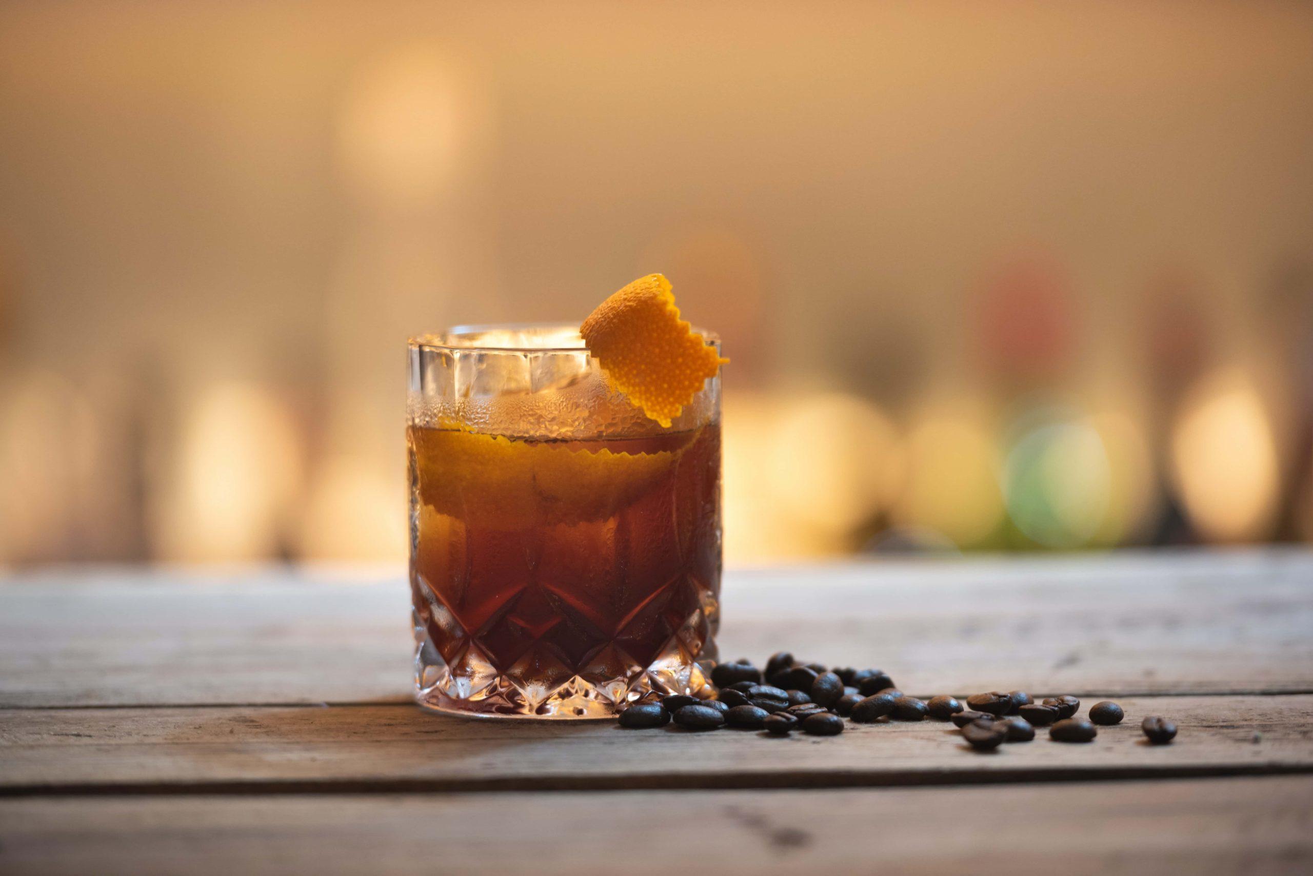 Las bebidas que van a triunfar este verano 2021 por TodoRon.es
