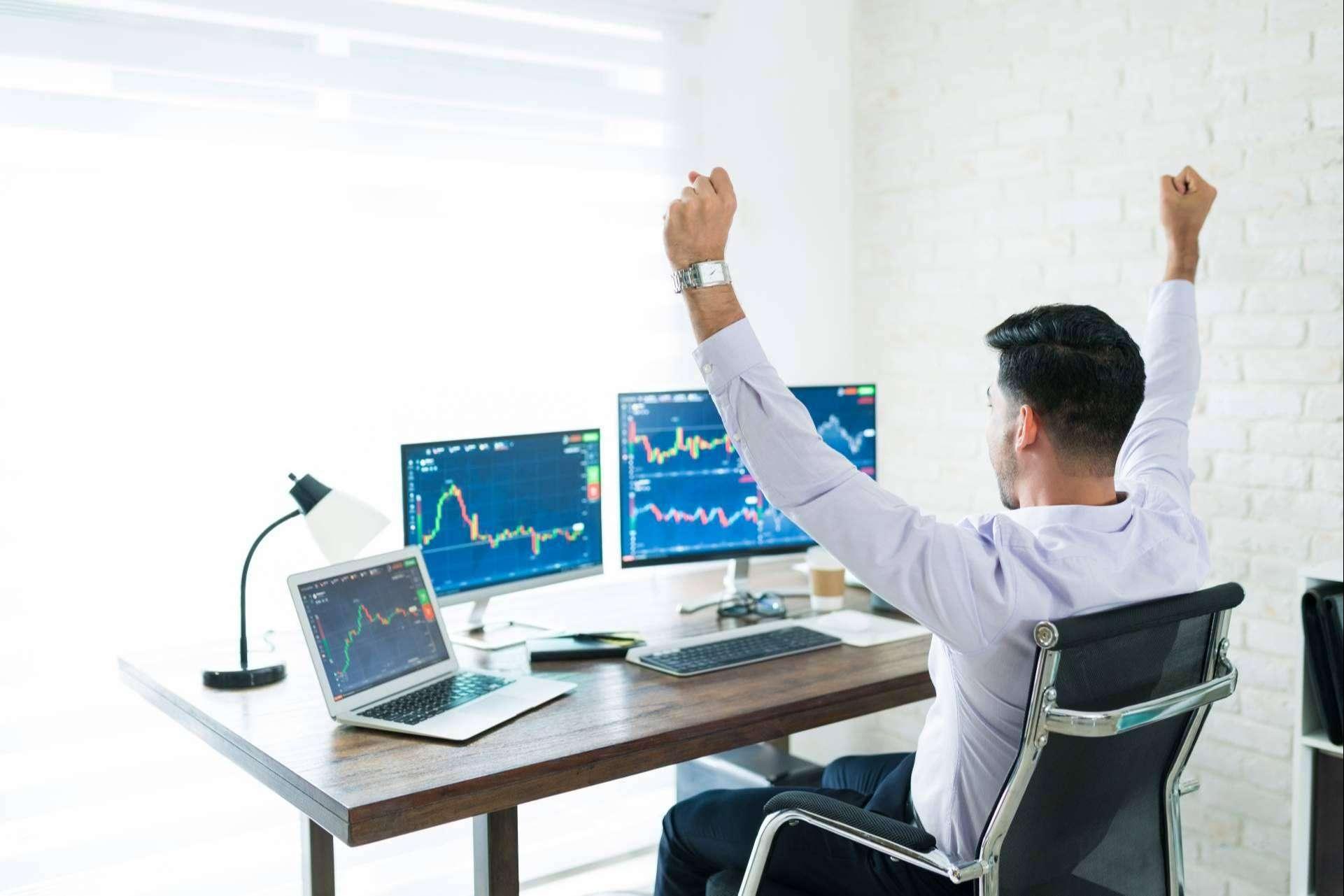La curva de aprendizaje en el trading mejora con los entrenamientos dirigidos por profesionales expertos