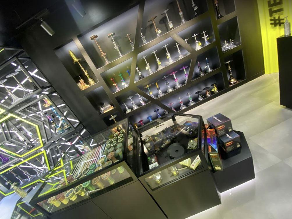 1001 Cachimbas afianza su posición en el sector con la apertura de una de las tiendas de cachimbas más modernas de España en Almería