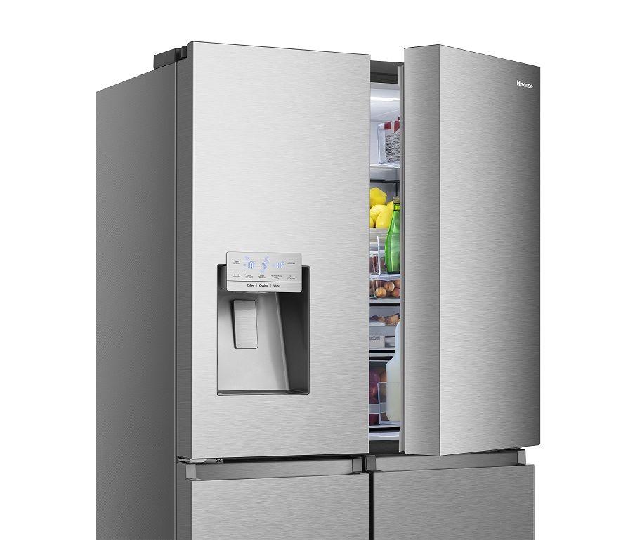 4 consejos para ahorrar y mantener el frigorífico en perfecto estado durante las vacaciones, según Hisense