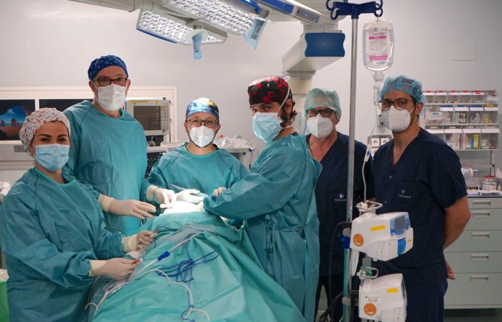 Foto de  Equipo quirúrgico multicisciplinar de Cirugía Oral,