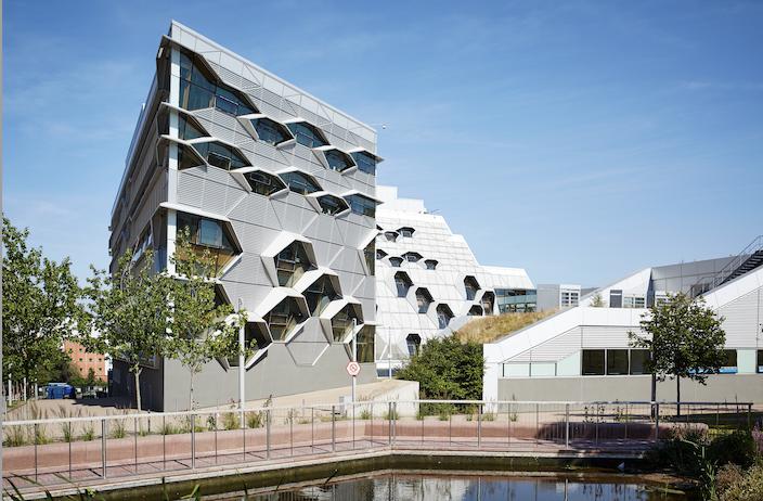 La Universidad de Coventry prepara crear el edificio digital del futuro con Schneider Electric y Planon
