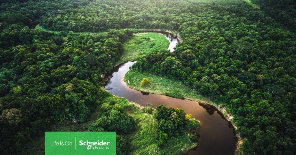 Foto de Schneider Electric avanza en sus objetivos de sostenibilidad,