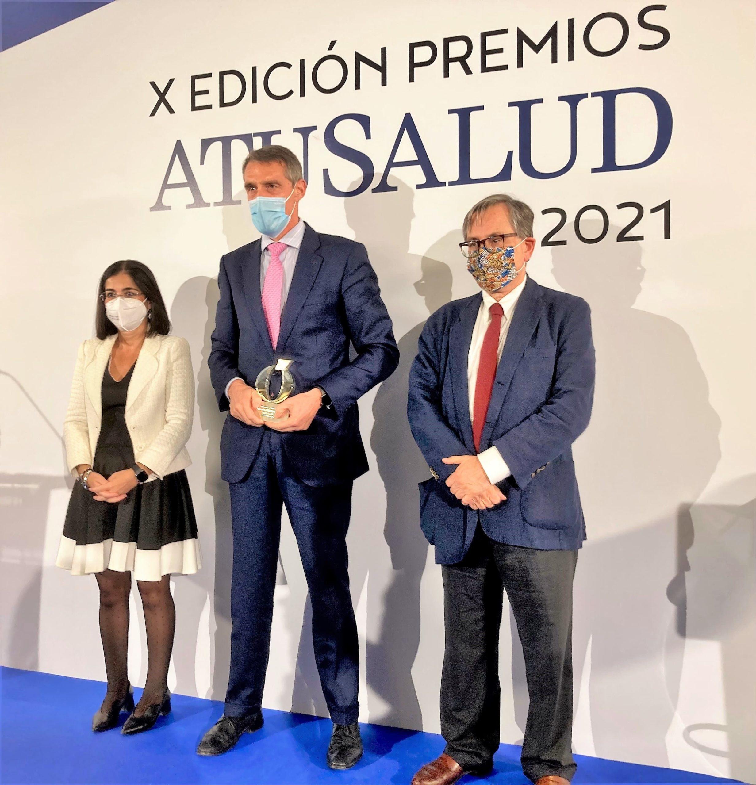"""Juan Antonio Álvaro de la Parra recoge el Premio Especial A Tu Salud por la """"Gestión de la pandemia"""""""