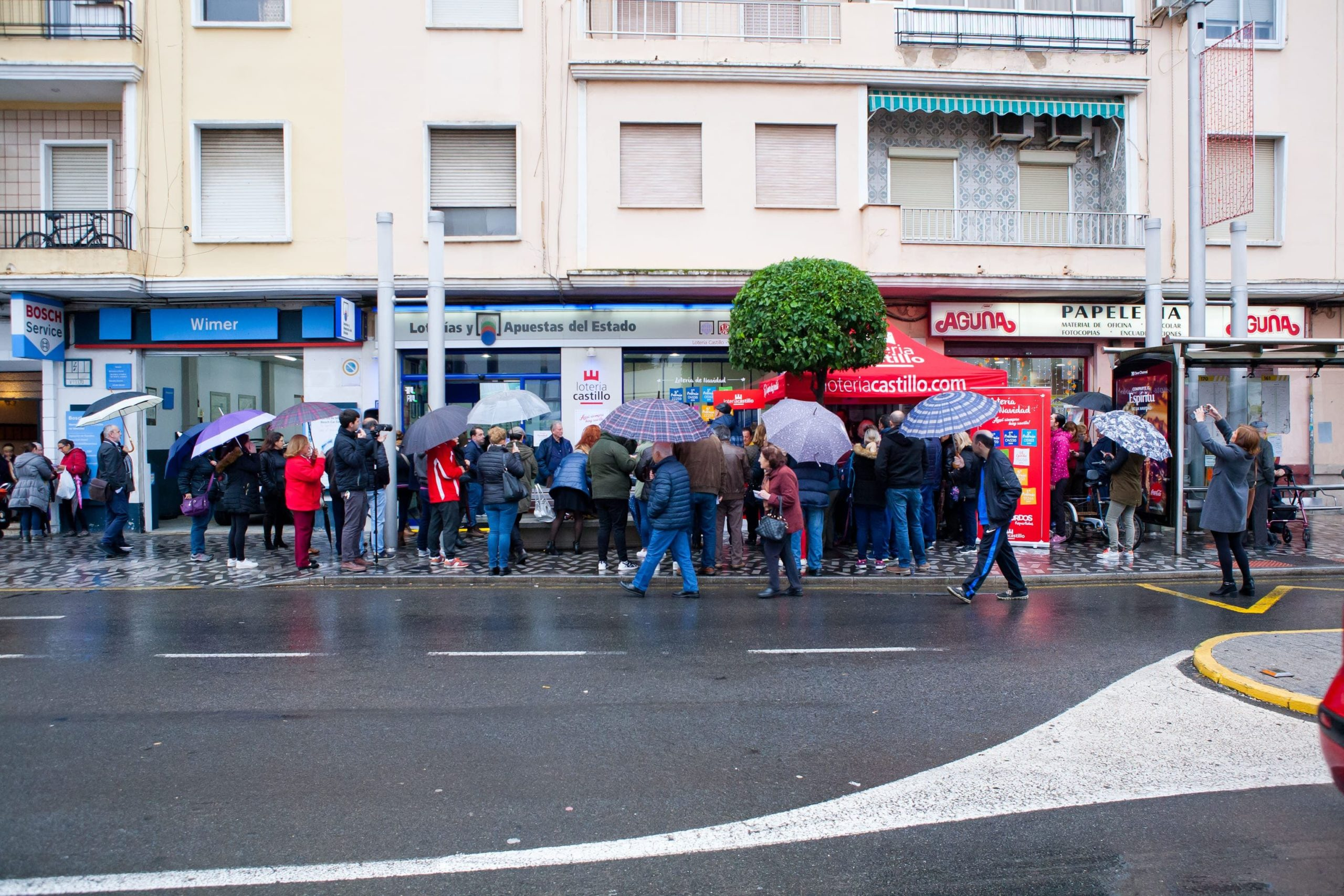 Loteria Castillo informa de que números están ya agotados para el Sorteo de Navidad