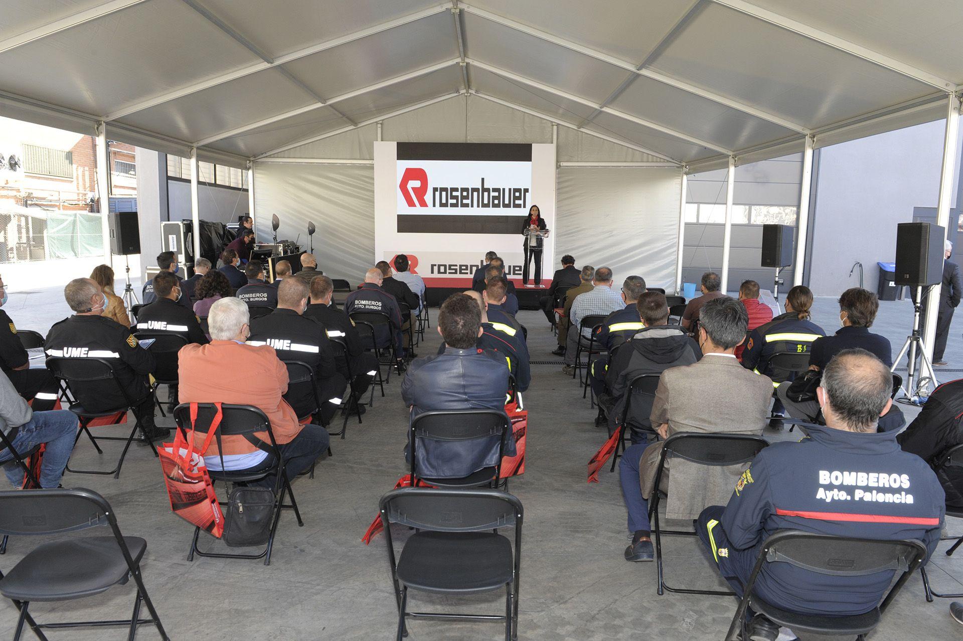 Rosenbauer presenta el Revolutionary Technology , el primer vehículo de bomberos 100% eléctricos de España