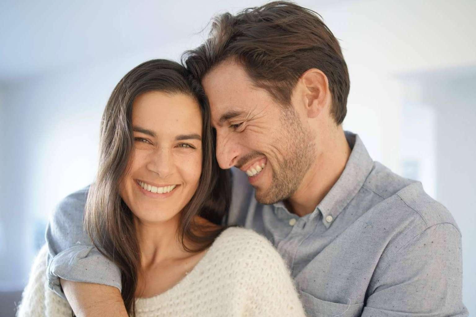 ¿Cómo sorprender a la pareja para recuperar la pasión? Las recomendaciones de lacestadelplacer.com